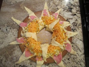 Egg, Ham and Cheese Breakfast Ring